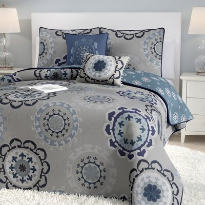 Bader 5-Piece Reversible Quilt Set Color: Blue, Size: Queen