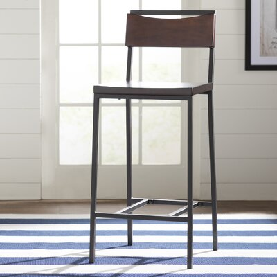 Helmetta 30 Bar Stool