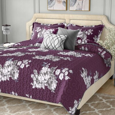 Ariana 6 Piece Quilt Set Size: Queen, Color: Purple