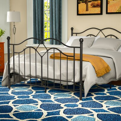 Krista Metal Platform Bed Size: Queen