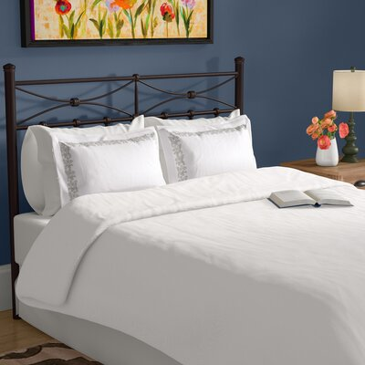 Garrick Reversible Solid Duvet Set Size: Full / Queen, Color: White/Gray