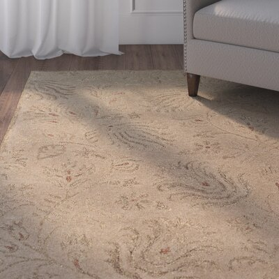 Goodrum Traditional Hand-Tufted Beige Area Rug Rug Size: Rectangle 4 x 6