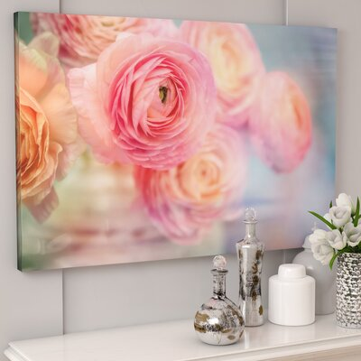 Glass Flowers Photographic Print on Wrapped Canvas Size: 32