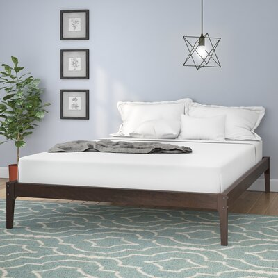 Smoak Platform Bed Size: Queen, Color: Cappuccino