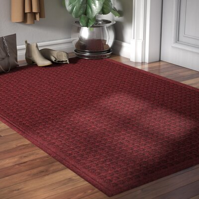 Cloverdale Doormat Color: Red / Black, Size: Rectangle 4 x 6