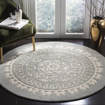 Goldwell Hand-Woven Wool Gray Area Rug Rug Size: Round 5