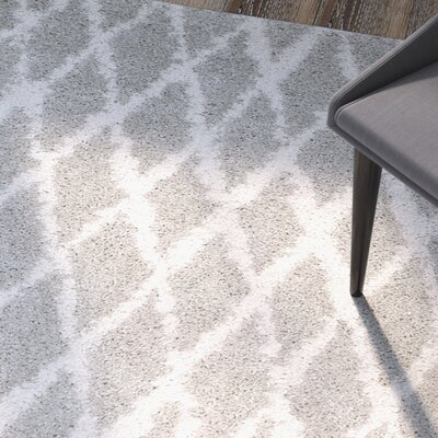 Shier Light Gray/Cream Area Rug Rug Size: Rectangle 4 x 6