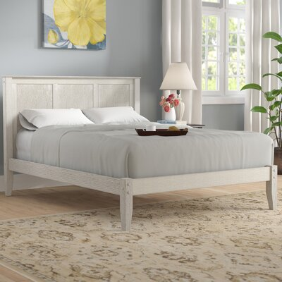 Garwood Platform Bed Size: Queen, Color: Weathered White