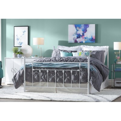 Maureen Metal Platform Bed Size: Queen, Color: White