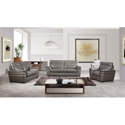 Ullery Living Room Collection