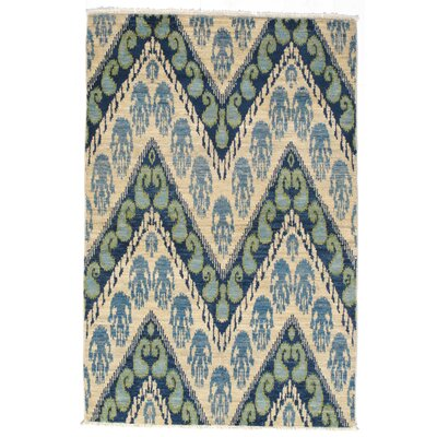 Alona Hand-Knotted Wool Ivory/Teal Area Rug