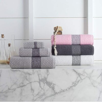 Vicente Hand Towel Color: Silver