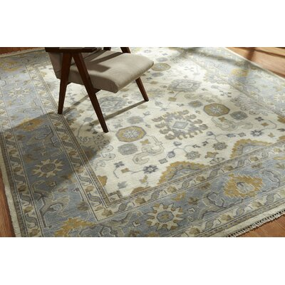Hiran Hand Knotted Wool Ivory/Blue Area Rug Rug Size: Rectangle 10 x 14