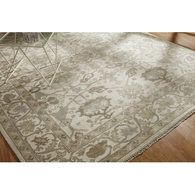 Leah Hand Knotted Wool Ivory Area Rug Rug Size: Rectangle 6 x 9