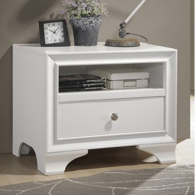 Bowdoin 1 Drawer Nightstand Color: White