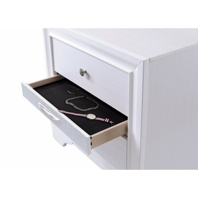 Thornfield Stylish 3 Drawers Wood Nightstand