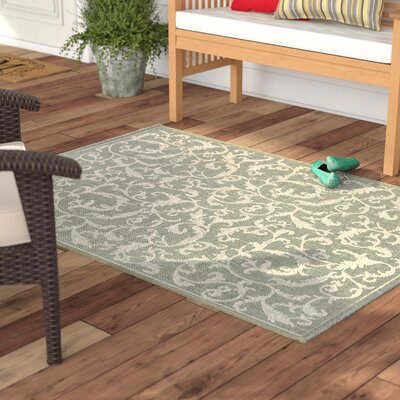 Short Indoor/Outdoor Area Rug in Olive/Natural Rug Size: Rectangle 4 x 57