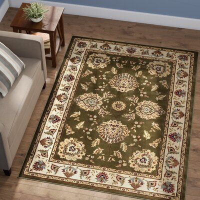 Colindale Green Area Rug Rug Size: Rectangle 53 x 73