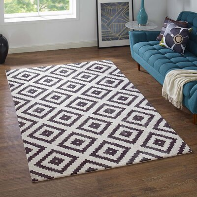 Shaunda Abstract Diamond Charcoal/Ivory Area Rug Rug Size: Rectangle 5 x 8