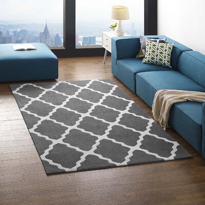 Tylersburg Moroccan Trellis Charcoal/Ivory Area Rug Rug Size: Rectangle 5 x 8