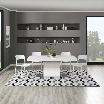 Zentique Geometric Black/White Area Rug Rug Size: Rectangle 8 x 10