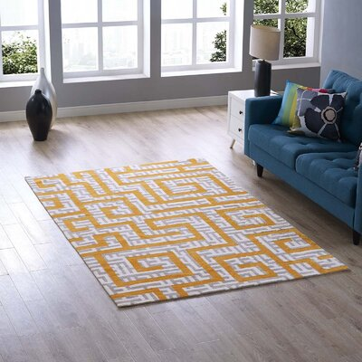 Selvage Geometric Maze Ivory/Light Gray/Banana Yellow Area Rug Rug Size: Rectangle 5 x 8