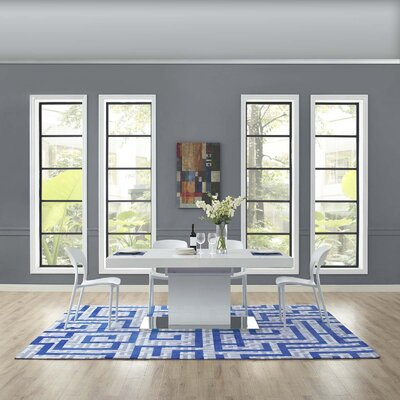 Selvage Geometric Maze Ivory/Light Gray/Blue Area Rug Rug Size: Rectangle 8 x 10