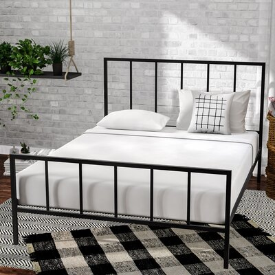 Creek Side Platform Bed Color: Black, Size: Queen