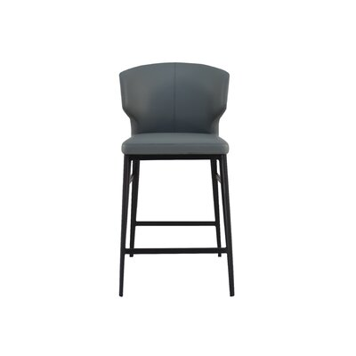Wimbledon Counter 26 Bar Stool