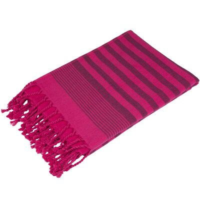 Fenwick Landing 100% Cotton Beach Towel Color: Fuschia