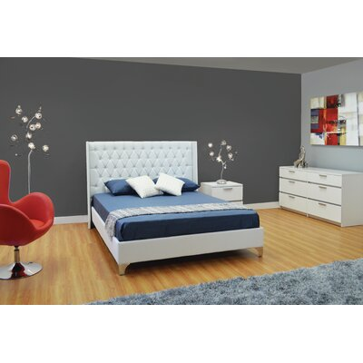 Haskett Castille Queen Platform Bed