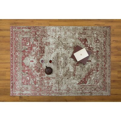 Selimi Pink Area Rug Rug Size: Rectangle 710 x 109