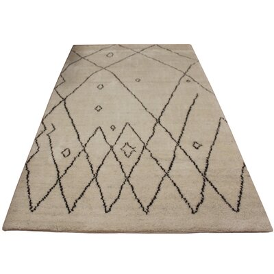 Cline Hand Knotted Wool Ivory/Dark Brown Indoor Area Rug Rug Size: Rectangle 5 x 81
