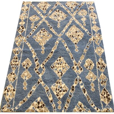 Cataldo Hand Knotted Wool Blue/Ivory Indoor Area Rug Rug Size: Rectangle 4 x 6