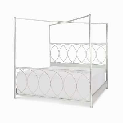 Cinema Canopy Bed Size: Queen