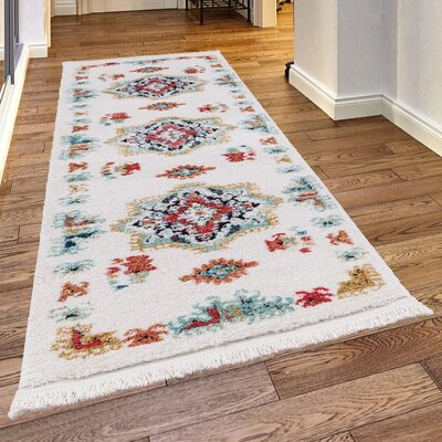 Rheba White Area Rug Rug Size: Rectangle78 x 102