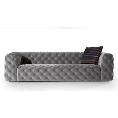 Keil Chesterfield Loveseat