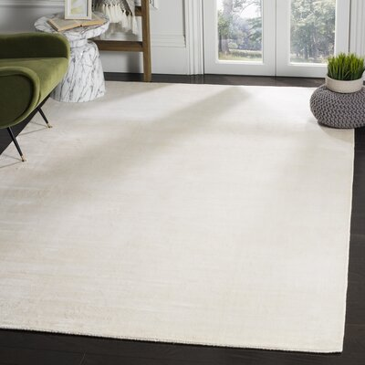 Maxim White Soild Rug Rug Size: Rectangle 6 x 9