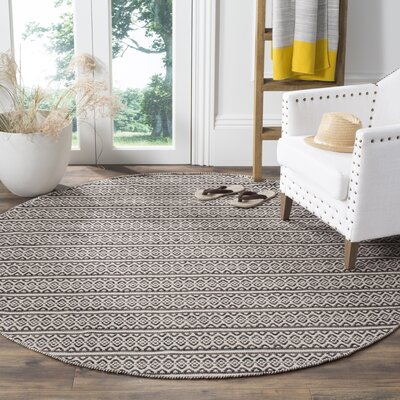 Oxbow Hand-Woven Cotton Ivory/Black Area Rug Rug Size: Round 6