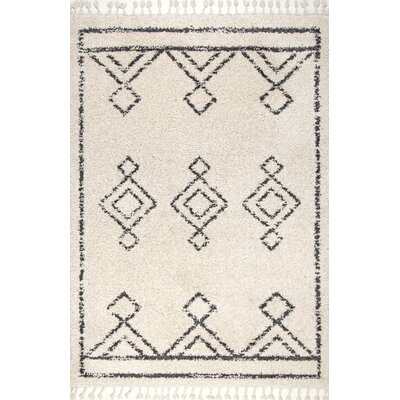 Ledet Off-White Area Rug Rug Size: Rectangle 53 x 77
