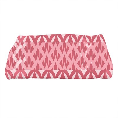 Harriet Geometric Print Bath Towel Color: Red