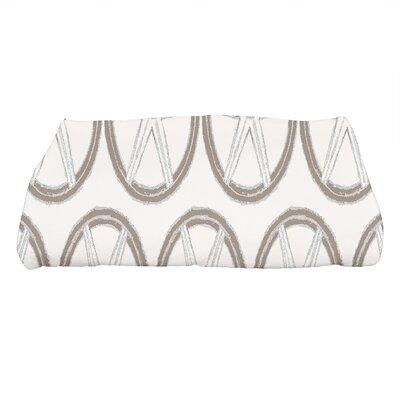London Geometric Print Bath Towel Color: Ivory