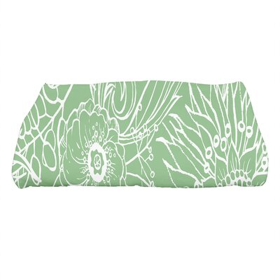 Shavon Zentangle 4 Floral Print Bath Towel Color: Green