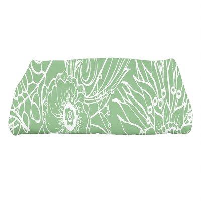 Shavon Zentangle 4 Floral Print Bath Towel Color: Green