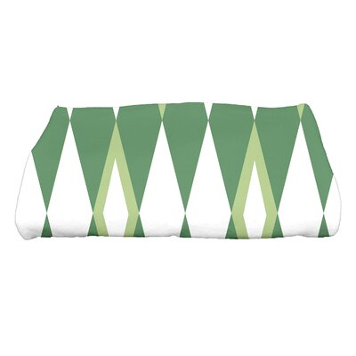 Sailer Harlequin Geometric Print Bath Towel Color: Green