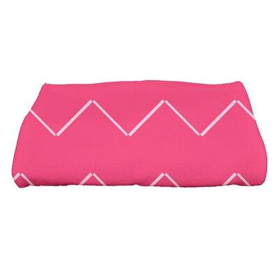 Sailer Harlequin Geometric Print Bath Towel Color: Pink