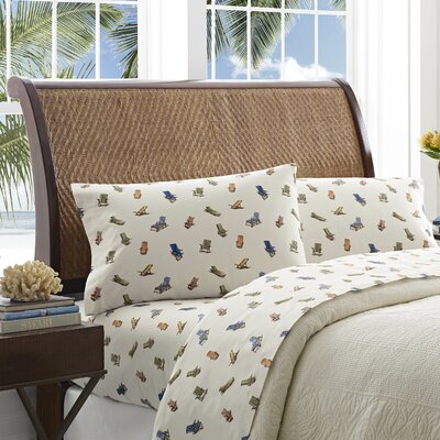 Beach Chairs Pillowcase Size: Standard