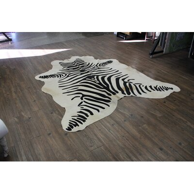 Duclos Stenciled Zebra Hair-on Hand-Woven Cowhide Black/White Area Rug