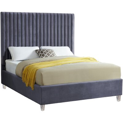 Claret Velvet Upholstered Panel Bed Size: King, Color: Gray
