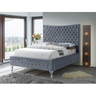 Kellems Upholstered Platform Bed Size: Queen, Color: Gray